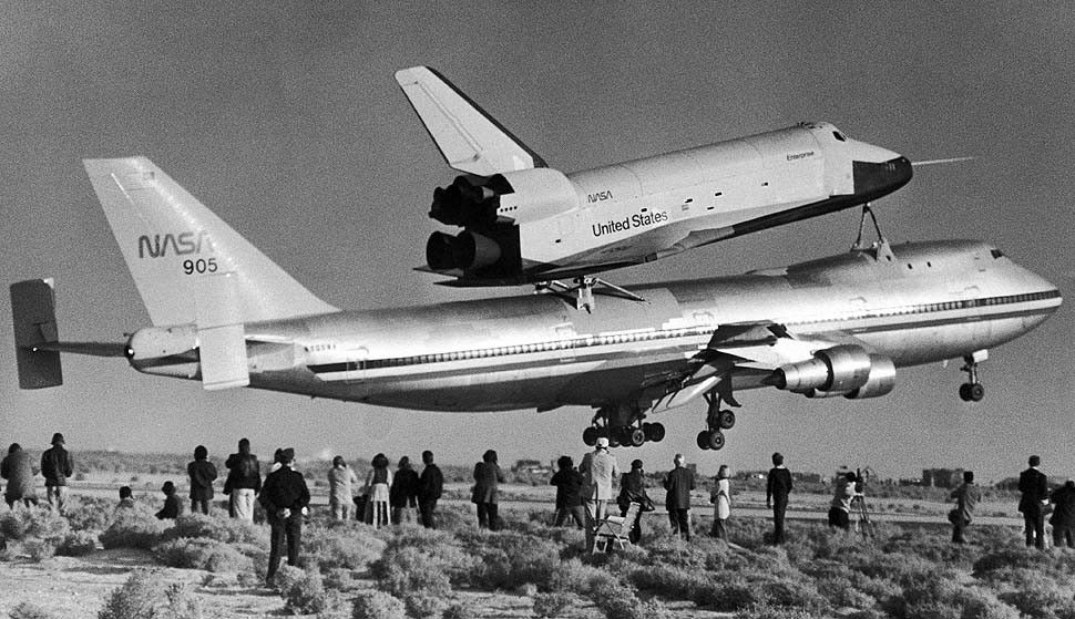 Space shuttle Enterprise and her 747 carrier aircraft take ...