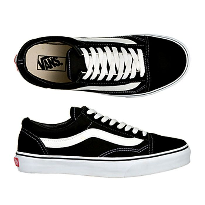 be1cc0356 Vans Men s Old Skool Skate Shoes