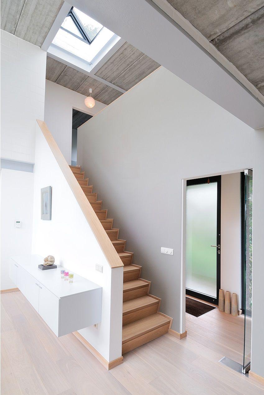 Idee von Corne Vinkel auf INTERIEUR_trap   Treppe, Haus ...