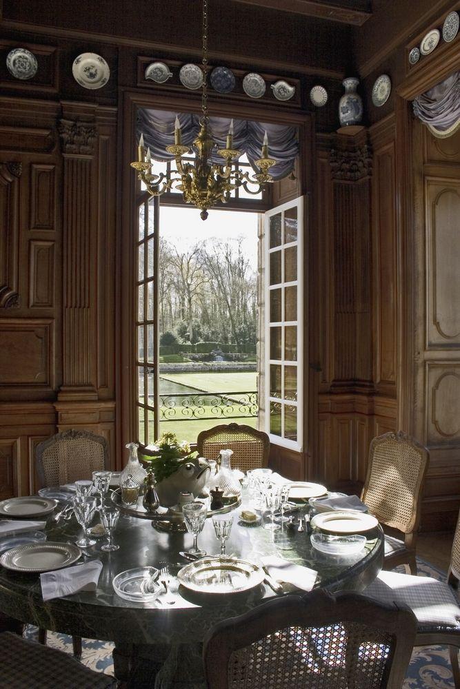 ch teau de courances pr sentation textiles etc pinterest interiors room and dining. Black Bedroom Furniture Sets. Home Design Ideas