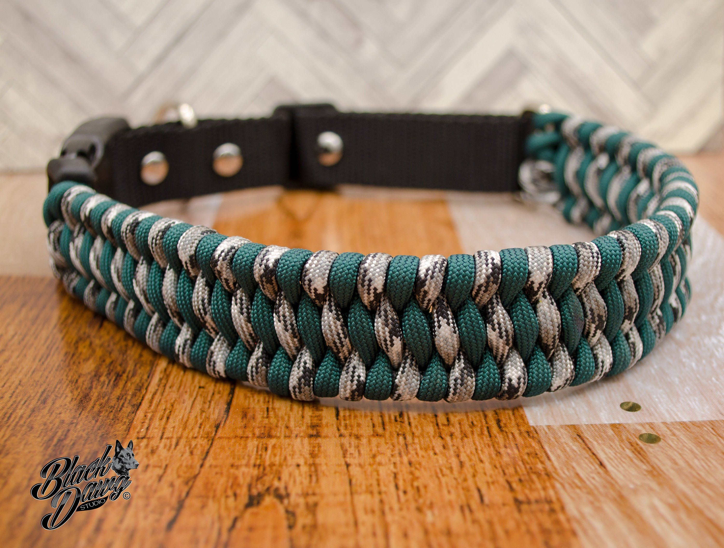 Custom Adjustable Paracord Dog Collar Trilobite Design By