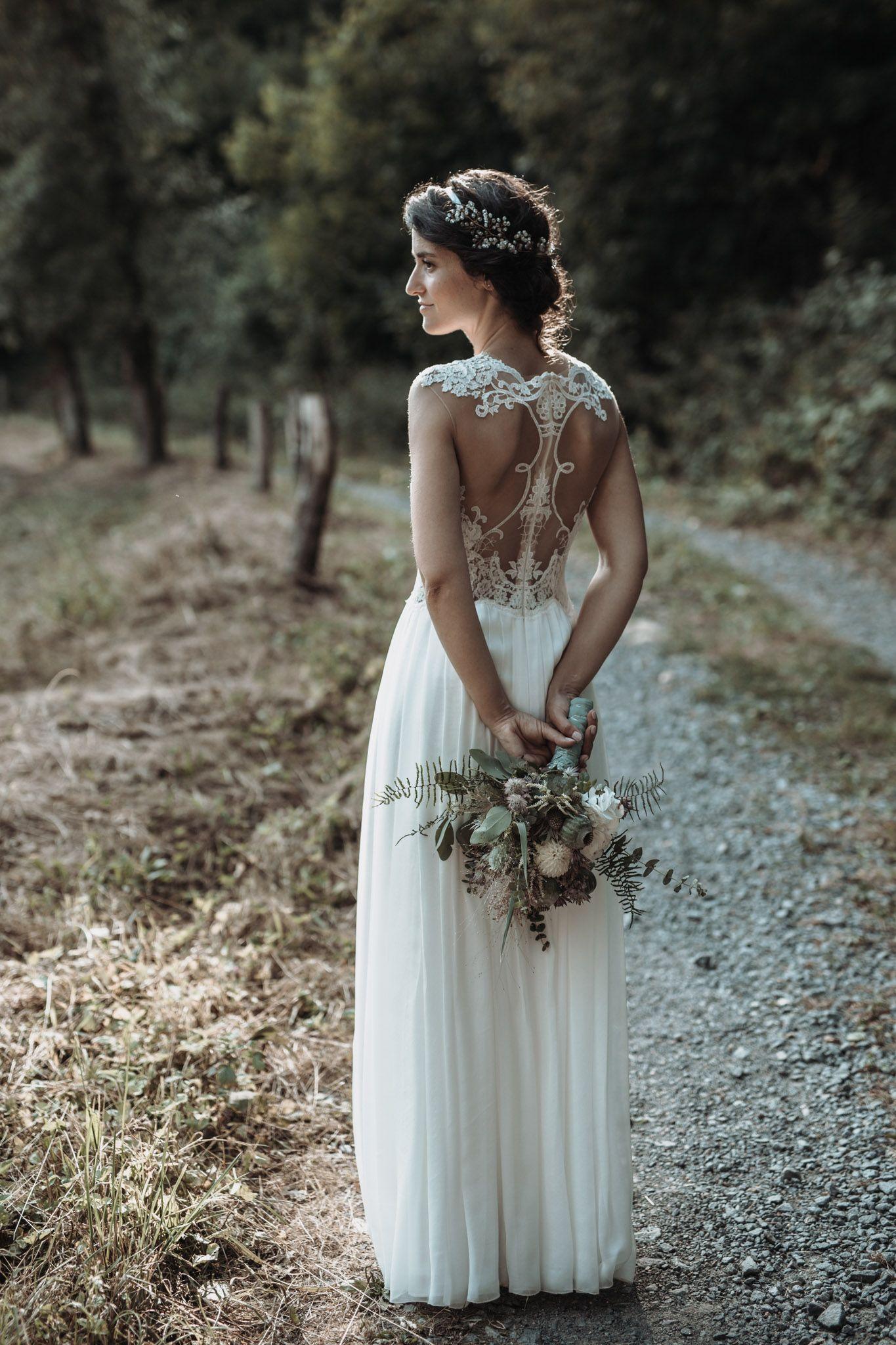 #vintagesuitcasewedding