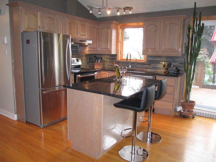 Relooking de cuisine d capage sablage et teinture compl te des armoires existantes en bois - Cuisine bois et ardoise ...
