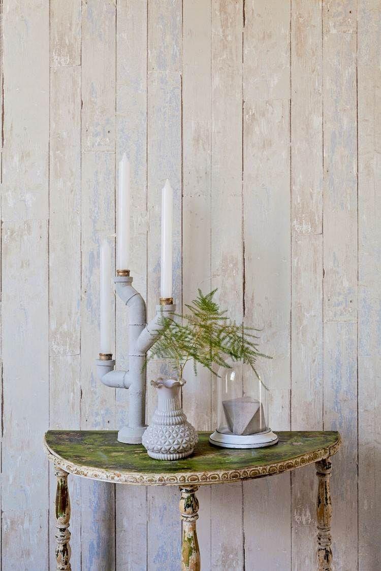Papier peint imitation bois, pierre et béton qui invite la nature à ...