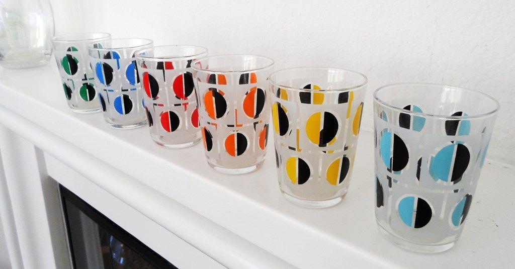 lots-a-glassware-045