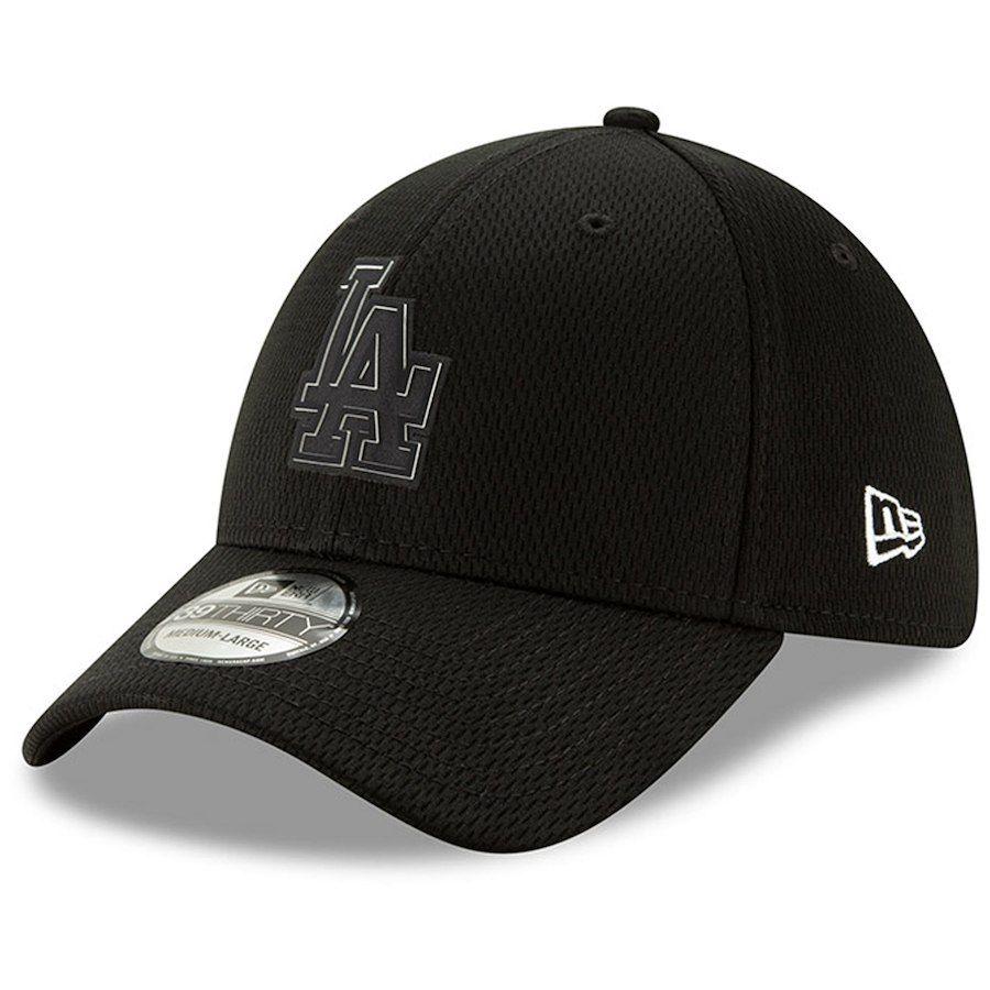 Men s Los Angeles Dodgers New Era Black Clubhouse Collection 39THIRTY Flex  Hat b82989b386b