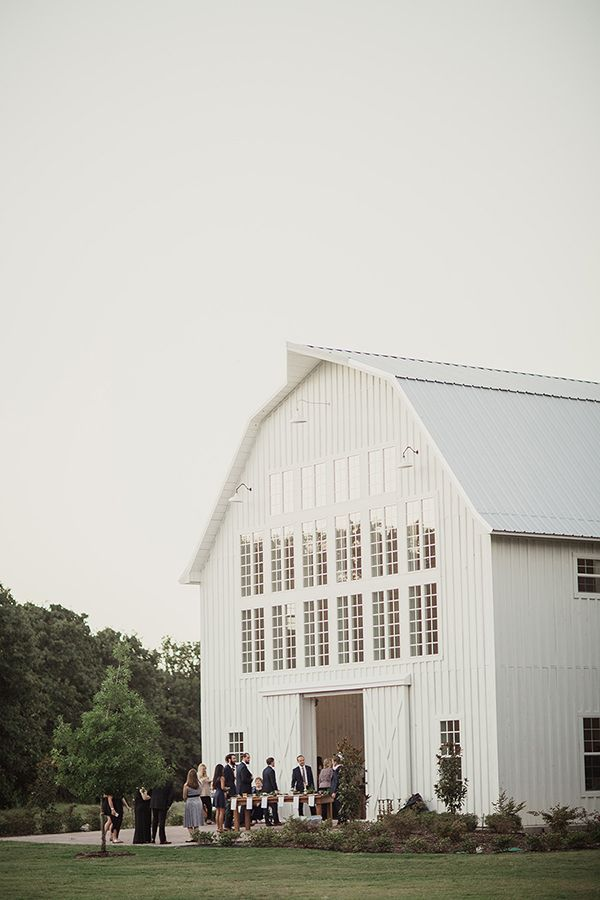 Texas Wedding At The White Sparrow Barn Snippet Ink