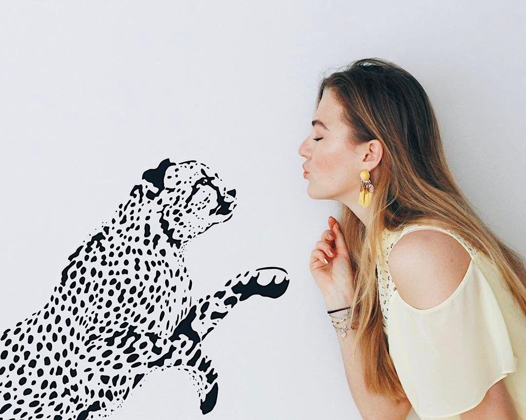 Leopard sticker from Pixers Source @floortjeloves https://www.instagram.com/p/BRl3tamg1oU/
