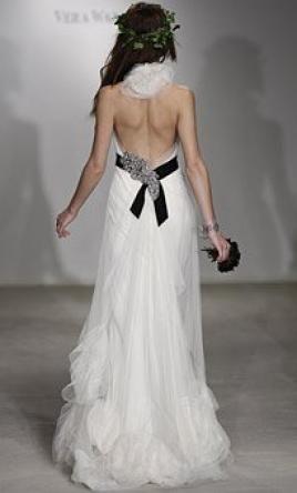 Vera Wang Dora, find it on PreOwnedWeddingDresses.com   Wedding ...