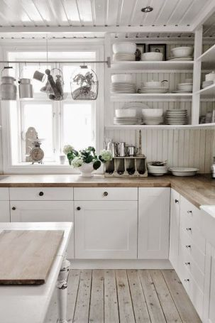 50 Best White Kitchen Design Ideas To Inspiring Your Kitchen #kitchendesignideas
