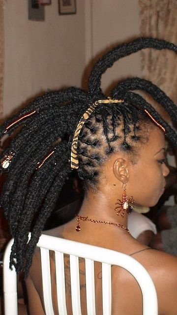 Awesome 1000 Images About Ras Hairstlyes On Pinterest Locs Loc Hairstyles For Women Draintrainus
