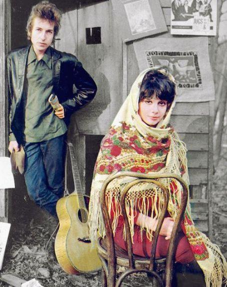Bob and Sara Dylan, uncredited