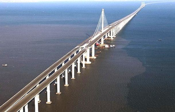 Danyang-Kunshan Grand Bridge, China by Luke Nelison | Danyang–kunshan grand  bridge, Worlds longest bridge, Bridge