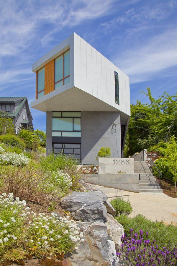 Pb Elemental Architecture have completed the Phinney Modern house in