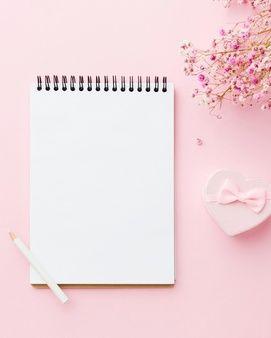 Descarga gratis Bloc De Notas Blanco Vacío Y Vista Superior De Flores