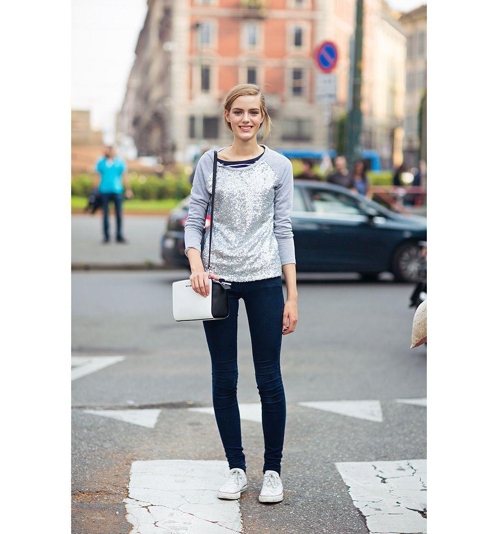 Esther Heesch http://carolinesmode.com/stockholmstreetstyle/art/302226/esther_heesch/ white chucks!!! i'm sooo getting one!