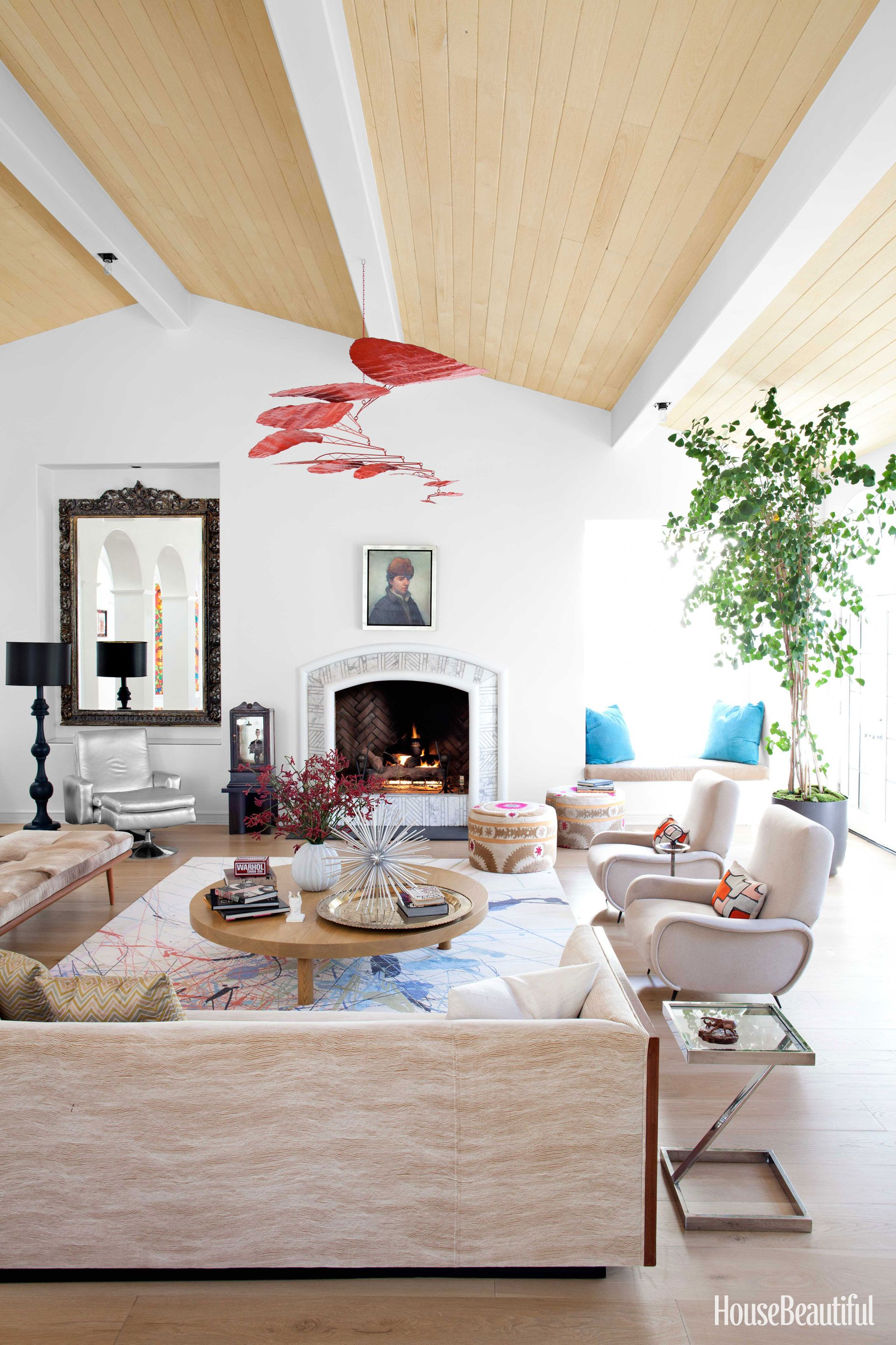 A Malibu Home With Electric Color Pinterest Room designer Paint