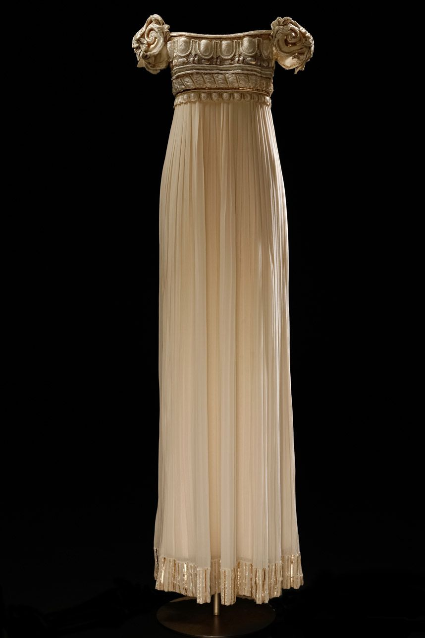 Dior wedding dress that was the model for Princess Serenity's gown in Sailor Moon