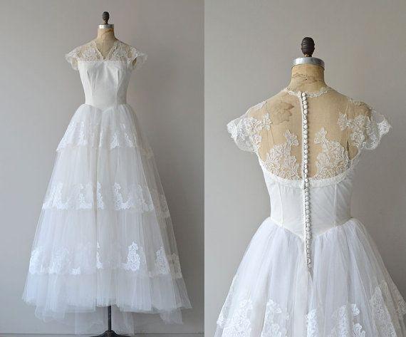Aurora Musis Gown Vintage 1950s Wedding Gown Lace 50s Etsy Wedding Gowns Lace Vintage Bohemian Wedding Dress Lace Wedding Dresses 50s