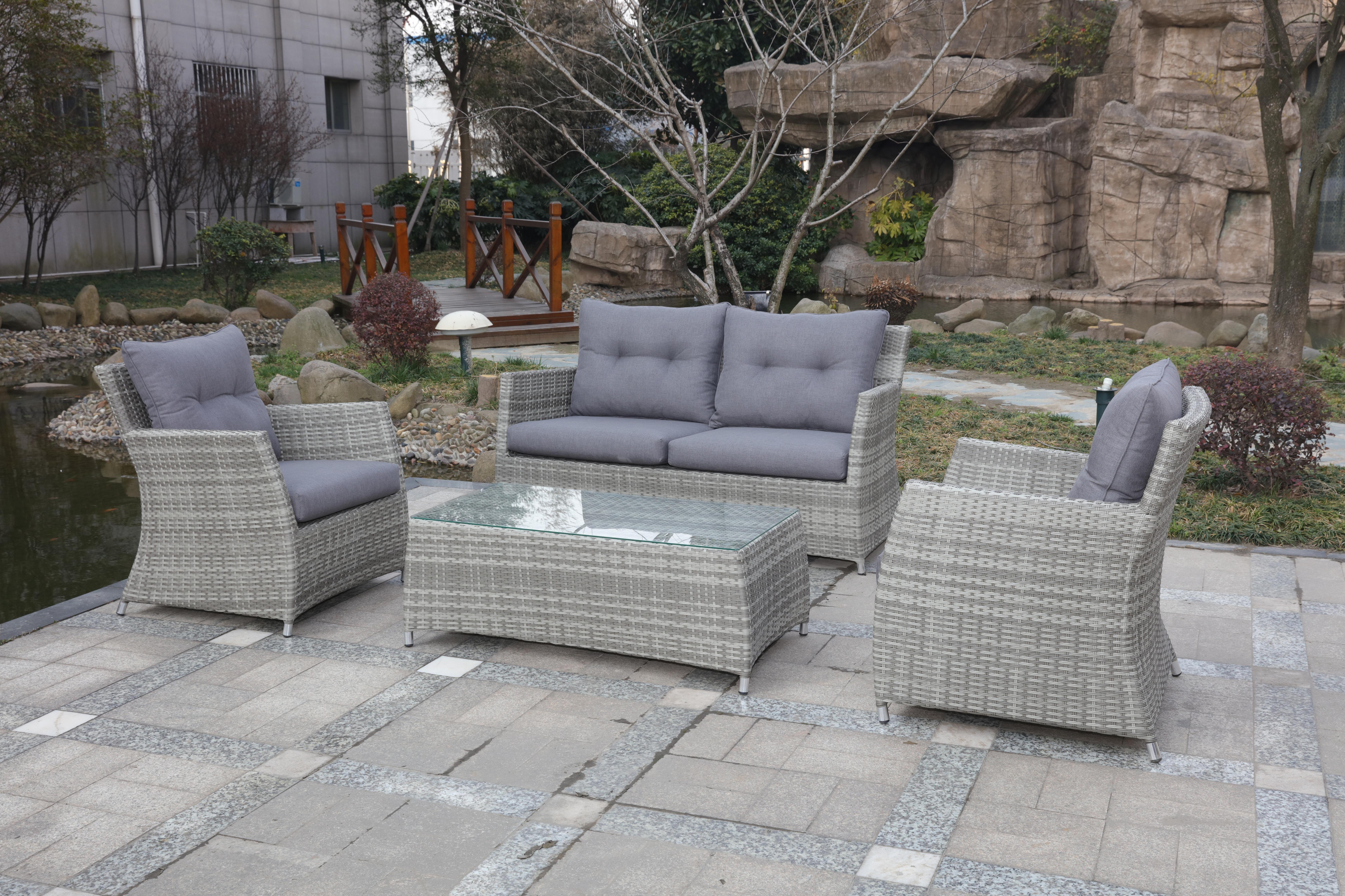 Gartenset Bestehend Aus Zwei Sesseln Sofa Und Tisch Gefertigt Aus Hochwertigem Polyrattan Perfekt Fur Schone Stunden Lounge Garnitur Sitzgruppe Gartenmobel