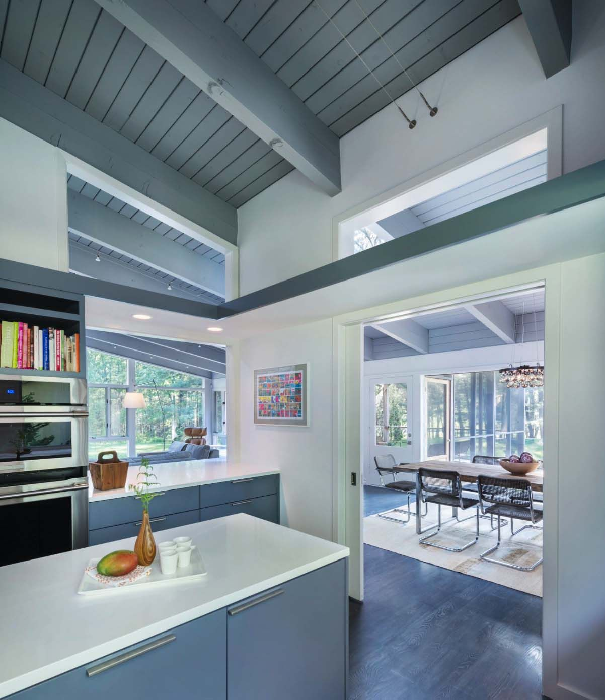 Mid-century modern remodel in Massachusetts opens to the outdoors ...