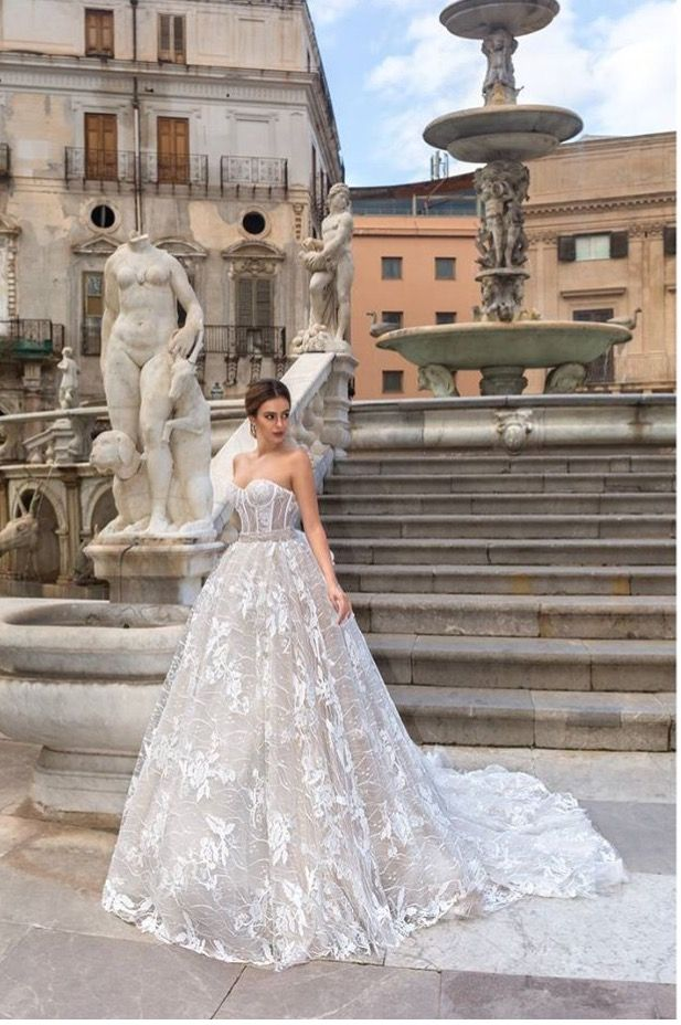 Brautmode 2017 Designer Louise Sposa Exklusiv, Romantisch ...