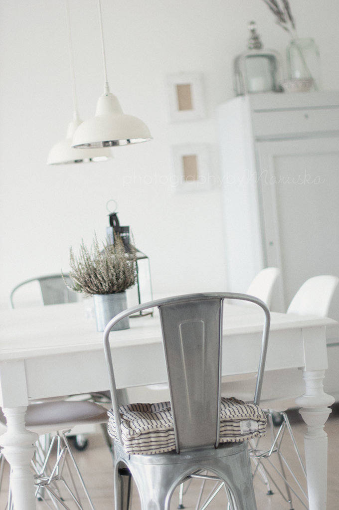 Rooms: Paint My Table Legs White And Get These Metal Chairs Will