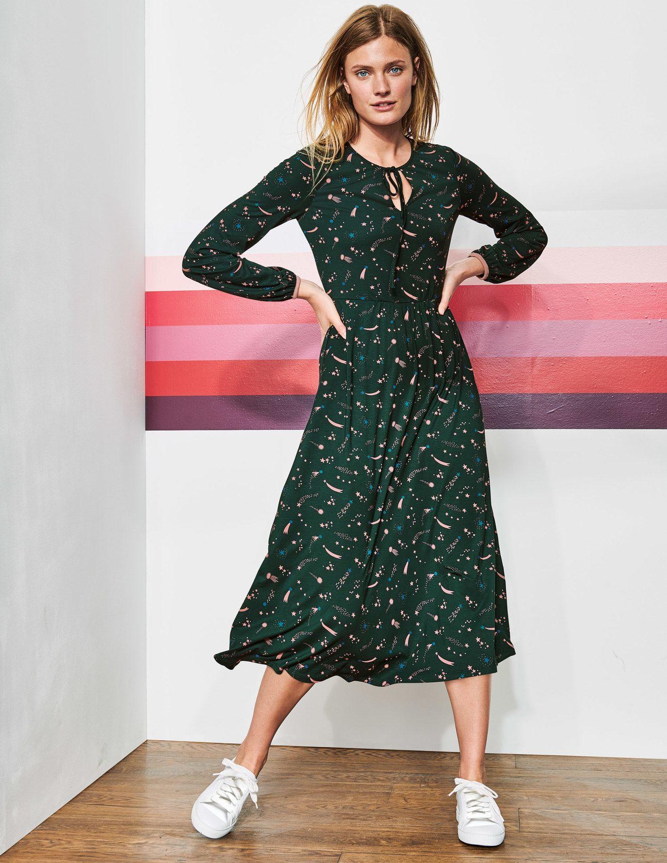 Flora Jersey Midi Dress Chatsworth Green Cosmic Dresses Black Midi Dress Midi Dress [ 1771 x 1370 Pixel ]