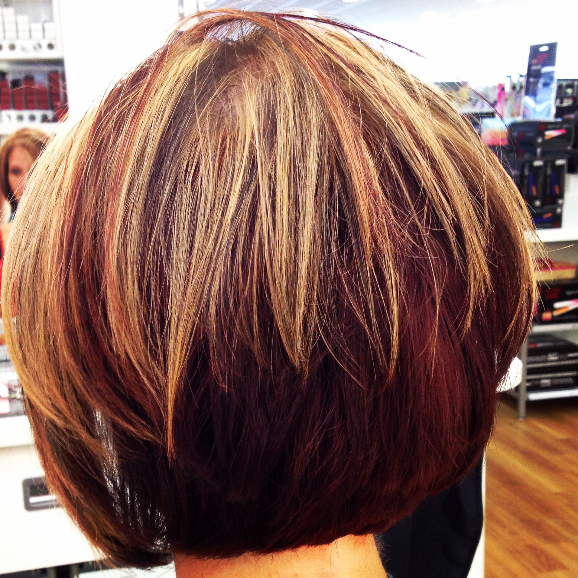 Red Blonde And Dark Highlights And Lowlights Red Mahogany Underneath Diagonal Forward Bob Redken Cert Short Hair Highlights Hair Color Highlights Red To Blonde