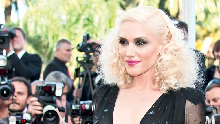 http://squa.re/wp-content/uploads/2011/05/Gwen-Stefani-Cannes-Film-Festival-.jpg