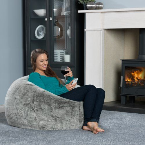 524fbeebab ICON XL Panelled Faux Fur Bean Bag Chair - Extra Large Bean Bags ARCTIC  WOLF - Large Designer Bean Bags  Amazon.co.uk  Kitchen   Home