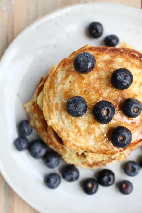 Ontbijt met havermoutpannenkoeken - GezondGezin.nu
