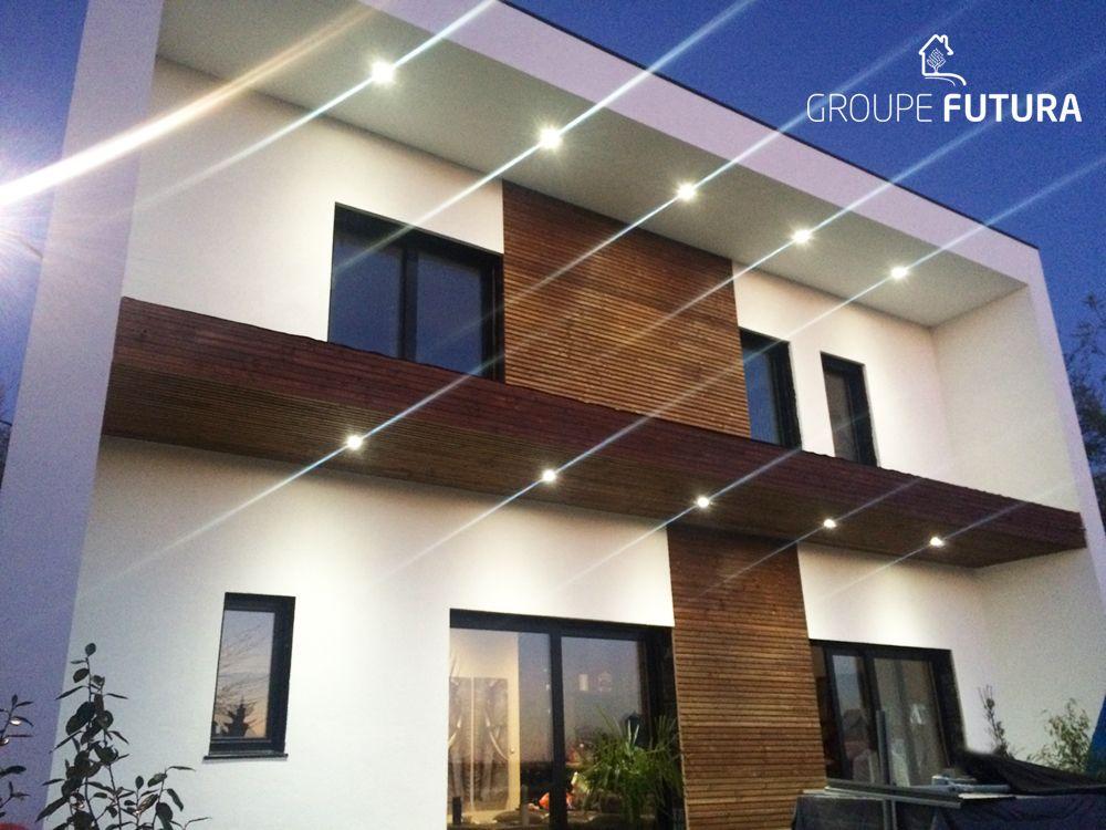 Maison ossature bois De beaux éclairages extérieurs donnent une - creer le plan de sa maison