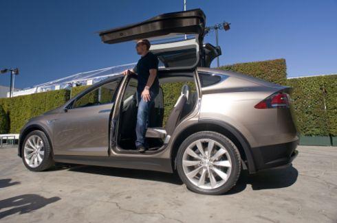 Elon Musk Is Standing Inside Backseat Tesla Model X Tesla Model