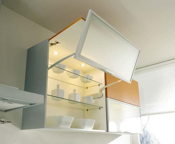 Mueble de cocina de pared con sistema de apertura
