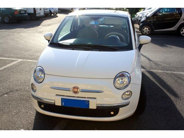 Fiat 500 1.2 Dualogic Lounge a 10.900 Euro | City car | 56.000 km | Benzina | 51 Kw (69 Cv) | 04/2010