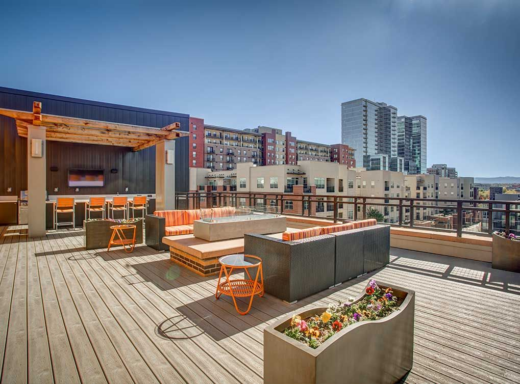 Rooftop Deck With Outdoor Fireplace And Bar B Q Grill At Amli