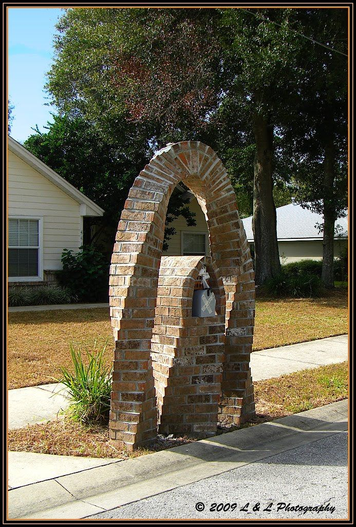 Mail box ideas in ocala we have the usual blah mailboxes for Landscaping rocks ocala florida