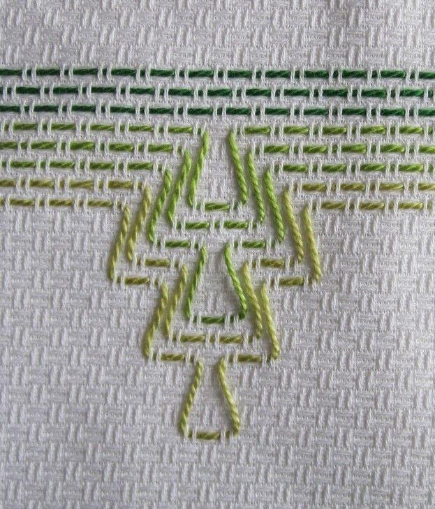 Asciugamani ricamati Huck Weaving - punto filza | Bordado, Puntos y ...