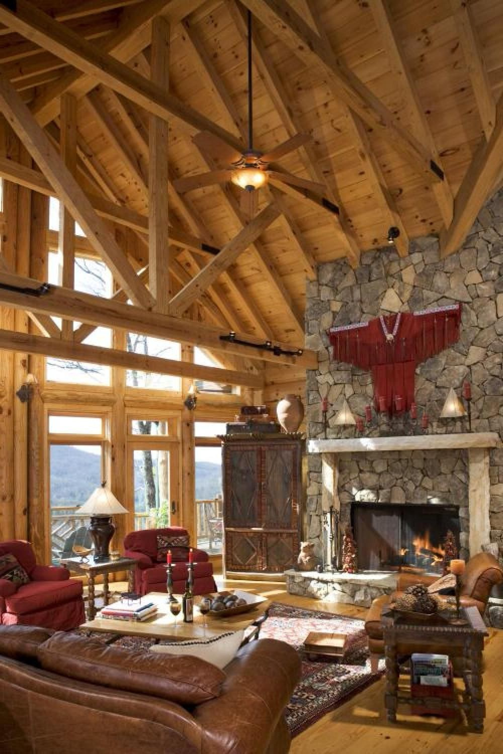 Rustic House Interior Living Room High Ceiling With ...