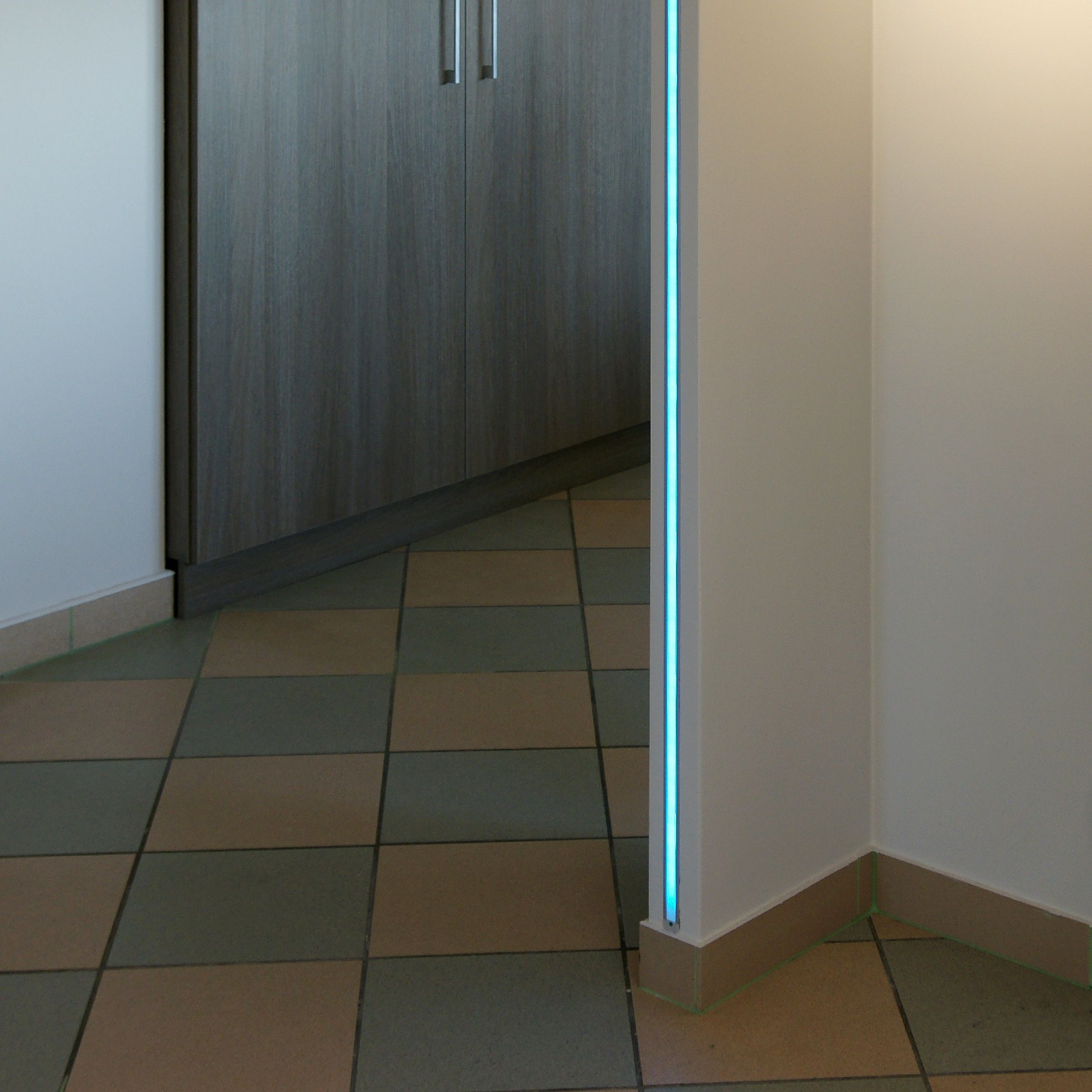 Bandeau Led Encastrable Plafond kit profilés alu led 2m profond 10 mm en 2020 | ruban led