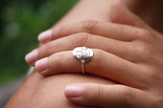Pinky Ring -