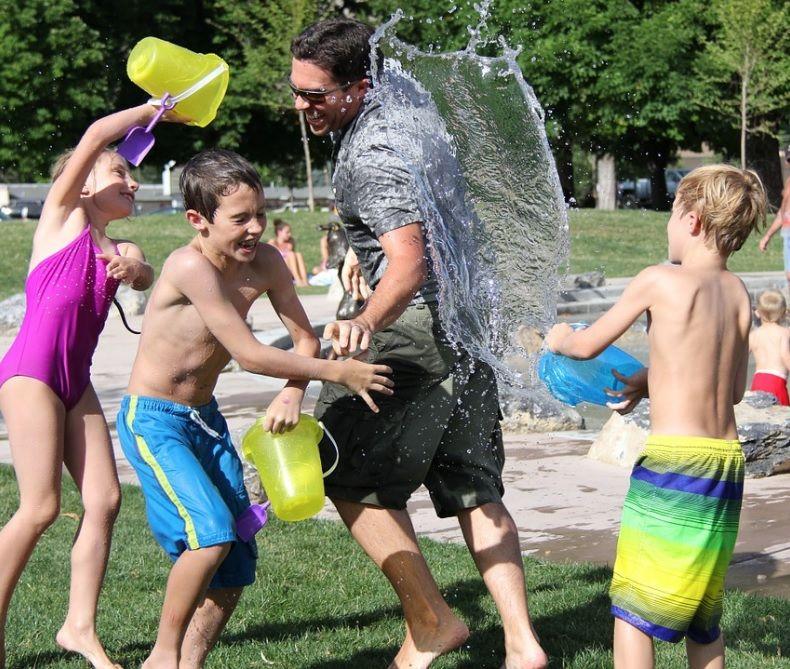 ¿Son los niños más felices que los adultos?
