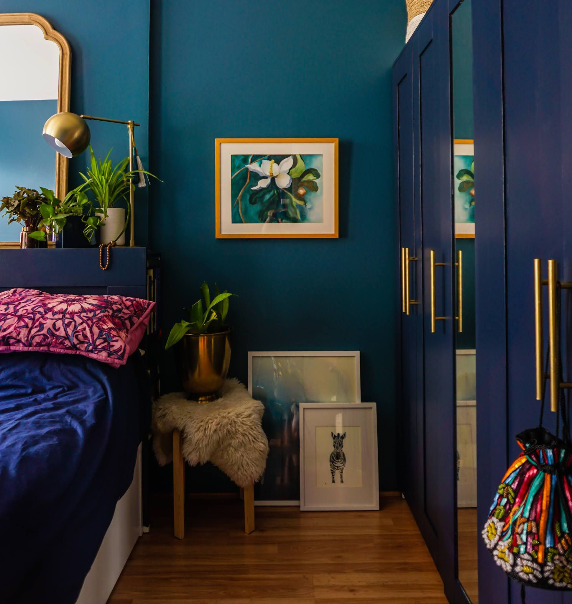 Swoon Worthy Moody Blue Bedroom You Can Recreate This Season Blue Bedroom Decor Blue Bedroom Walls Dark Blue Bedrooms