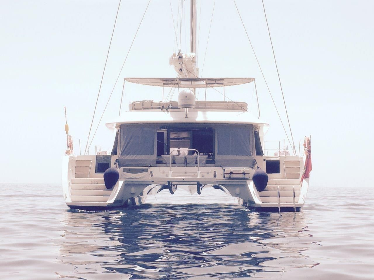Lagoon 560 For Sale This 5 Cabin Version Lagoon 560 From 2012 Is The Ultimate Voyager S Catamaran And Is Designed Catamaran For Sale Yacht Broker Catamaran