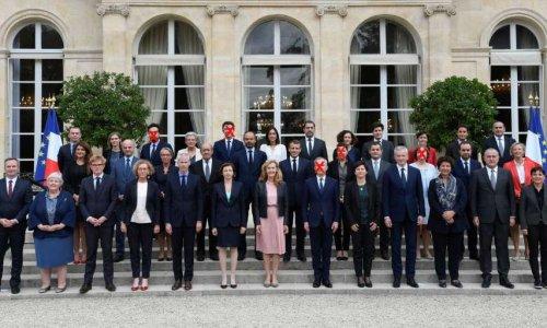 Pétition Macron dégage demande de destitution du