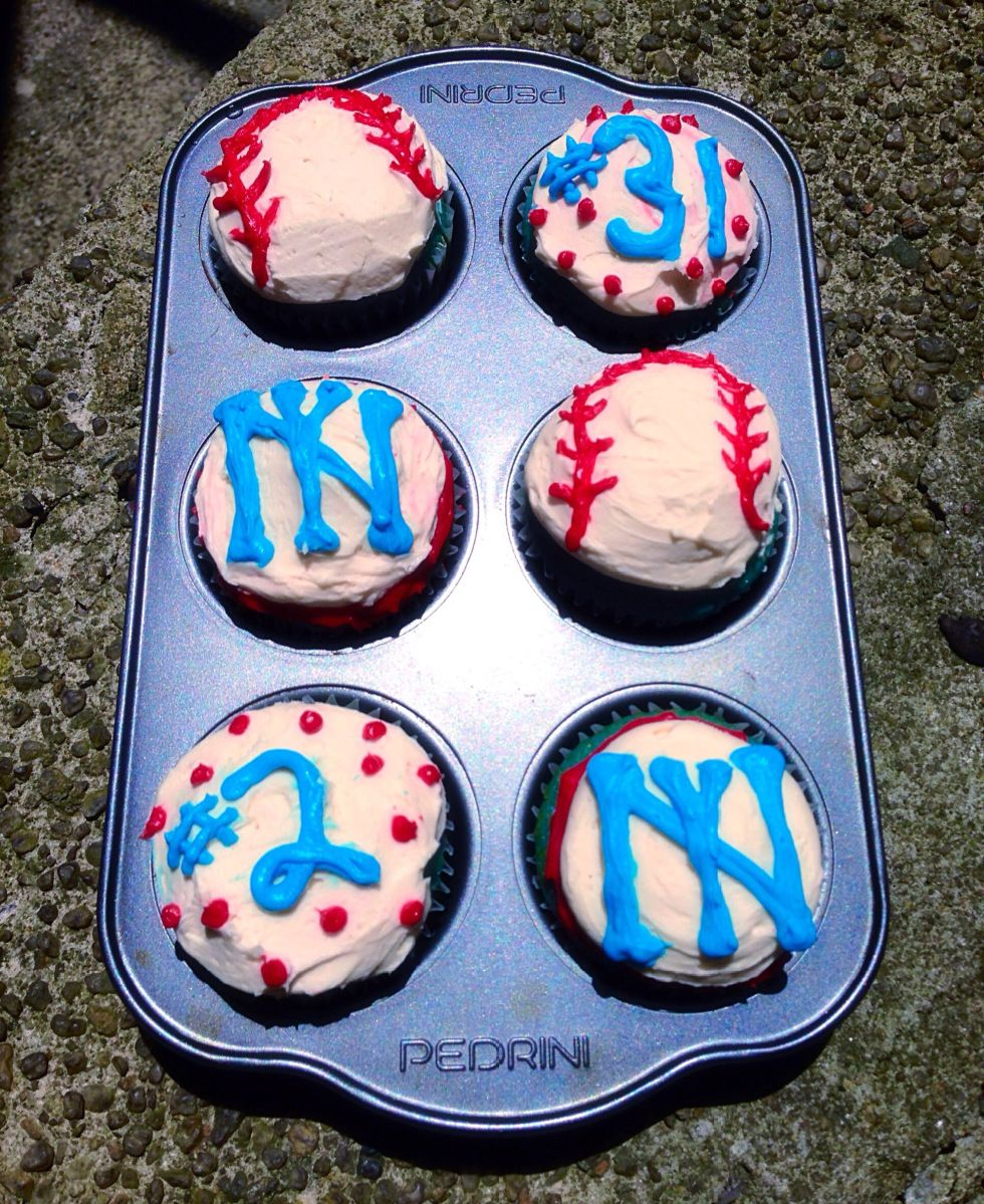 Blue Velvet Cupcakes! Decorated for the Yankees game today :D