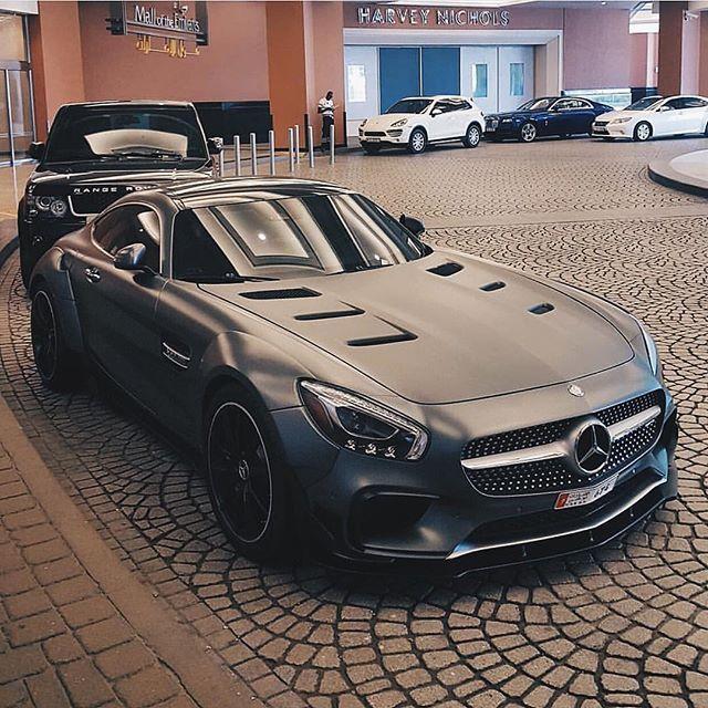 Best Dubai Luxury And Sports Cars In Dubai: Widebody GTS