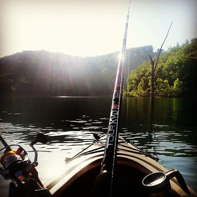 It's been said that a bad day fishing is better than a good day at the office. If you're hard at work right now, take a moment... take a deep breath... and imagine yourself drifting down Lake Taneycomo or Table Rock Lake. Ahhhh... Thanks to our Instagram friend garret_rees for the photo! #explorebranson