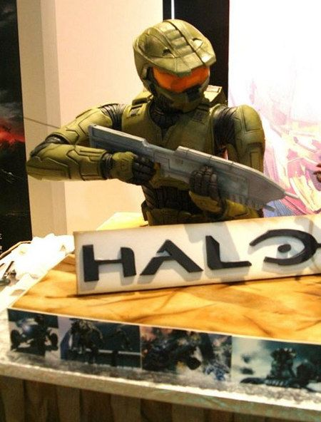 Master Chief Sure Is Sweet Check Out This Super Amazing HALO Cake